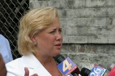 Earl Long, the Louisiana governor who ended up in a mental institution, said Louisianans don't want good government; we want entertainment. Not called the Big Easy for nothing! @MaryLandrieu: Is she corrupt enough for #Louisiana?   http://po.st/xlQePy Communities Digital News James Picht