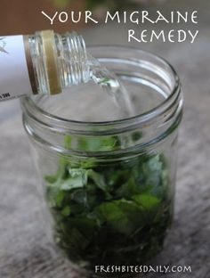 Migraine Remedies Your New Headache Remedy: A Simple Herbal Tincture (for Migraines too!) - This herbal tincture is a great remedy for headaches and some migraine headaches as well. Natural Headache Remedies, Natural Health Remedies, Natural Cures, Migraine Remedy, Natural Healing, Migraine Relief, Migraine Pain, Pain Relief, Migraine
