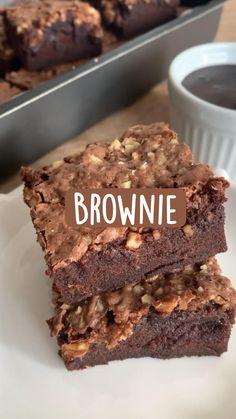 Bake Sale Recipes, Cooking Recipes, Brownie Desserts, Dump Cake Recipes, Tasty, Yummy Food, Wonderful Recipe, Homemade Cakes, Sweet Recipes