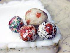 Polymer Clay Beads - 4 Rustic Glazed Beads - Chunky Rondelles & Rounds - Faceted, Millefiori, Floral Illustrated, Roses - Red and White