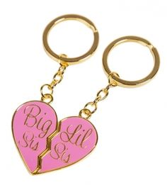 Big Sis / Lil Sis Gold Heart Keychain Set $13.00 Maybe this is greek.. but I want it for my biological sis..