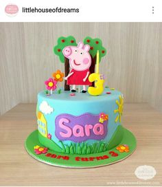 "12 Cute Peppa Pig Birthday Cake Designs Does your child speak in a posh English accent? Does she say ""dine-saw""? Does she like jumping in muddy puddles? Then you need a Peppa Pig cake. Tortas Peppa Pig, Bolo Da Peppa Pig, Cumple Peppa Pig, Peppa Pig Birthday Cake, Cute Birthday Cakes, Homemade Birthday Cakes, Peppa Pig Cakes, 3rd Birthday, Peppa Pig Pinata"
