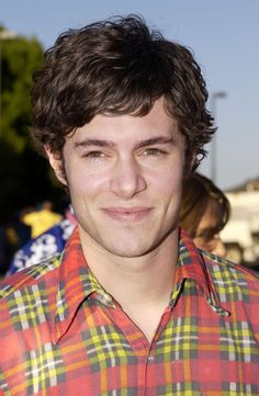 Adam Brody (aka Seth Cohen FOREVER) was there to represent The O.C. …   32 Photos From The 2004 Teen Choice Awards That Will Make You Nostalgic