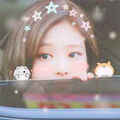 My cutie unnie😫😫 Blackpink Photos, Cute Photos, Blackpink Jennie, Yg Entertainment, Princesa Emo, Blackpink Funny, Blackpink Members, Lisa Blackpink Wallpaper, Blackpink Video