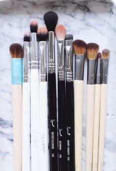 The best makeup brushes for eyes and face via @politicspretty