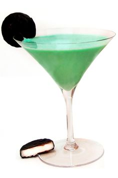 Halloween Cocktail Recipes: PepperMint Pattini Cocktail Recipe