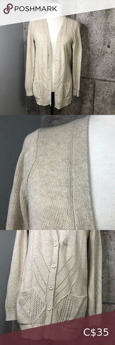 Moth Anthropologie Knitted Cardigan Sweater Very good condition. 2 front pockets. Spare yarn and button still attached. Anthropologie Sweaters