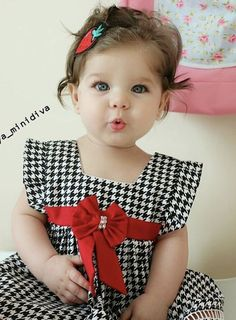 Best 9 Little girl outfits – Page 639792690793974813 – SkillOfKing. Baby Girl Dress Patterns, Baby Dress Design, Dresses Kids Girl, Little Girl Outfits, Baby Outfits, Little Girls, Kids Outfits, Baby Girl Fashion, Kids Fashion