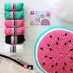This kit includes almost everything you need to make a Gelato Pops cushion. You only need to purchase the downloadable pattern and a hook. 1 x cushion insert 35cm2x balls of heirloom 8ply cotto...