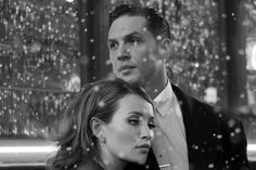 Wow, I never saw this pic from the scene in Legend when it's near Xmas & Reg talks of biting the Hideway & it starts to snow. It's a beautiful pic...