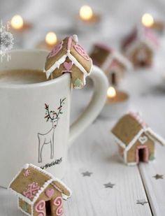 weihnachten einfache plätzchen backen festliche tischdeko warm getränk