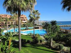 Apartment for sale in Malibu, Marbella - Puerto Banus. Seafront apartment next to Guadalpin Banus Hotel, with high quality specifications such as . Marbella Puerto Banus, Apartments For Sale, Luxury Living, Home Interior Design, Golf Courses, Mansions, Elegant, House Styles, Garden Grass