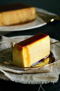 Κρέμ Καραμελέ Greek Recipes, Flan, Delicious Desserts, Sweet Treats, Cheesecake, Deserts, Cooking, Pudding, Kitchen