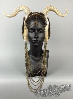 faux-horn-headpiece