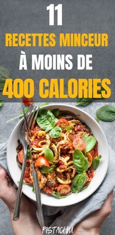 11 Recettes Minceur À Moins De 400 Calories - Pistachiu These super healthy slimming recipes, less than 400 calories, provide protein and fiber so that you are full throughout the day. Plats Healthy, Healthy Dishes, Healthy Snacks, Healthy Eating, Healthy Recipes, Easy Recipes, Soup Recipes, Diet Recipes, Slimming Recipes