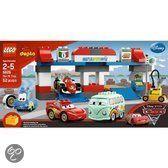 LEGO Duplo Cars 2 De Pit Stop - 5829