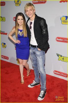 is it true after there kiss on austin and ally Ross Lynch & Laura Marano r now a coupel?