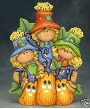 Ceramic Bisque Ready to Paint Scarecow Trio tall ~clipin light included Fall Halloween, Happy Halloween, Ceramic Painting, Painted Ceramics, Ceramic Bisque, Bowser, Coloring Pages, Clay, Thanksgiving
