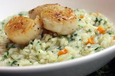 Lemon Herb Risotto with Seared Sea Scallops (gluten-free, dairy-free, soy-free) - can be made . omit the scallops Wine Recipes, Seafood Recipes, Gourmet Recipes, Vegetarian Recipes, Cooking Recipes, Healthy Recipes, Healthy Foods, Seafood Risotto, Sea Scallops