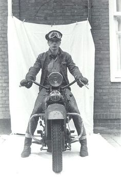 Wim van der Linden Title: Working class hero / Jan Cremer, Amsterdam 1963