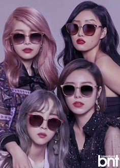 Moonbyul, solar, hwasa y wheein Kpop Girl Groups, Korean Girl Groups, Kpop Girls, Taemin, Fanart Manga, Kpop Fanart, Divas, Nct, Wheein Mamamoo