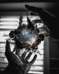 The universe is in your hands photo art Story Inspiration, Writing Inspiration, Character Inspiration, Montage Photo, Homestuck, Amazing Art, Awesome, Cool Pictures, Powerful Pictures