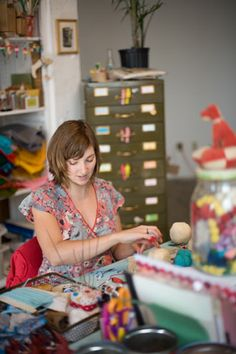 Jennifer Murphy in her studio~Image ©  Jennifer Murphy Bears