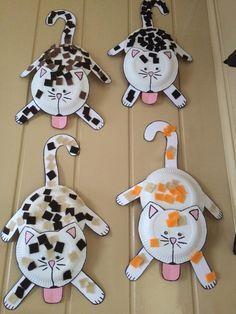 Super cute cat paper plate craft for kids!
