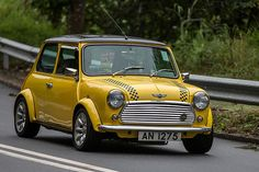 Mini Cooper - AN1275 by Keith Mulcahy, via Flickr
