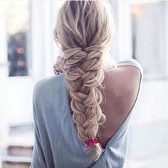 Instantly transform your hair with Ash Blonde clip-in Luxy Hair extensions and feel more confident with thicker, longer hair than you've ever had before! Ash Blonde is the lightest shade in our collec Lazy Hairstyles, Braided Hairstyles, Wedding Hairstyles, Hair Dos, My Hair, Luxy Hair Extensions, Ash Blonde, Balayage Hair, Hair Inspiration