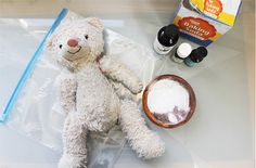 DIY dry wash for stuffed animals. // Combine baking soda and essential oils in a small bowl. The baking soda will absorb odor and dust, and the essential oils are naturally antibacterial along with smelling really good...