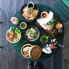 Bo & Bun is an Asian Eatery located in Seminyak, Bali which focuses on Vietnamese dishes with fresh ingredients.