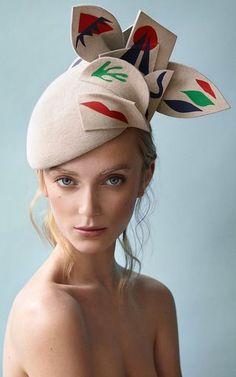 'Beso Beret' by Laura Aspit Livens | Moda Operandi.