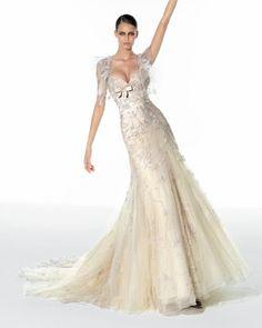 elie saab wedding dress Keywords: #elisaab #hautecouturedresses #elisaabweddingdresses #designerweddingdresses #weddingdresses #weddings #weddingplanning #jevel #jevelwedding #jevelweddingplanning Follow Us: www.jevelweddingplanning.com www.facebook.com/jevelweddingplanning/  www.pinterest.com/jevelwedding/ www.linkedin.com/in/jevel/ www.twitter.com/jevelwedding/ https://plus.google.com/u/0/105109573846210973606/