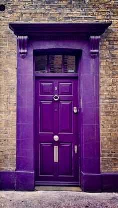 Front Door Paint Colors - Want a quick makeover? Paint your front door a different color. Here a pretty front door color ideas to improve your home's curb appeal and add more style! Cool Doors, Unique Doors, Knobs And Knockers, Door Knobs, Purple Door, All Things Purple, Purple Stuff, Purple Reign, Purple Aesthetic
