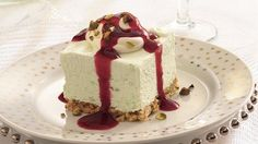 Elegant and rich, this chilled treat has a delicate ground pistachio crust and a creamy filling with time-saving pudding mix and refrigerated topping.