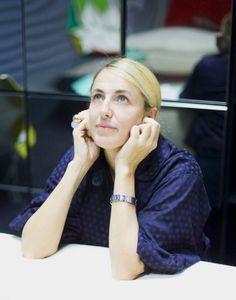 Patricia Urquiola - Designer of W Vieques Patricia Urquiola, Famous Spanish Artists, Contemporary Wall Mirrors, Philippe Starck, Dezeen, Design Museum, Best Interior Design, Museum Collection, Creative Decor