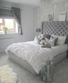 54 Cozy Home Decorating Ideas for Girls Bedrooms Teen Room Decor, Home Decor Bedroom, Bedroom Inspo, Silver Bedroom Decor, Cozy Bedroom, Summer Bedroom, Bedroom Romantic, Ikea Bedroom, Bedroom Loft