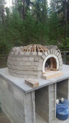 Diy Pizza Oven, Pizza Oven Outdoor, Pizza Ovens, Oven Design, Brick Bbq, Outdoor Kitchen Design, Summer Kitchen, Garden Projects, Backyard