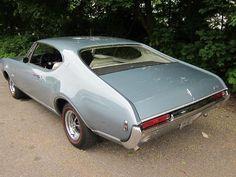 1968 Oldsmobile Cutlass Supreme Coupe - Rear End