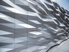 Gallery of The Street Ratchada / Architectkidd - 13 irregularities created by controlled process Building Skin, Building Facade, Parametric Architecture, Facade Architecture, Facade Pattern, Metal Cladding, Facade Lighting, Perforated Metal, Metal Panels