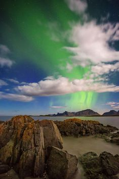 Planning a photography trip to the Lofoten Islands in Norway. The perfect rugged landscape for astrophotography and the Aurora. Landscape Photography Tips, Photography Basics, Photography Tips For Beginners, Underwater Photography, Photography Tutorials, Photography Photos, Travel Photography, Photographing The Moon, Beach At Night