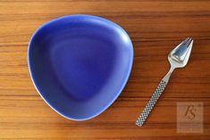 Höganäs plate 16 cm - FourSeasons.fi Matt And Blue, Side Plates, Cereal Bowls, Stoneware, Ceramics, Tableware, Ceramica, Pottery, Dinnerware