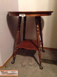 Antique Spool Leg Oak Side Table 350 00 Via Etsy Mom