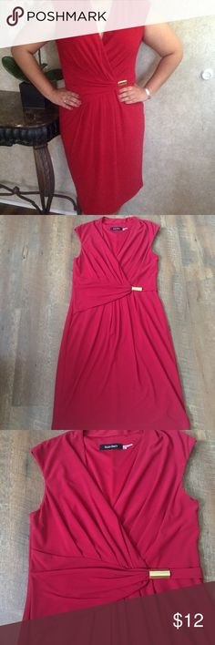 Red Cinched Waist Dress Red Ellen Tracy Cinched Waist Dress Size: 10 Color: Red Used, great condition, looks new, Cross neckline, gold waist cinched accent, elegant Ellen Tracy Dresses Midi