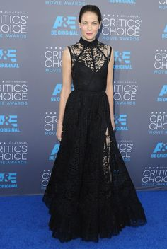Pin for Later: Tell Us: Which Critics' Choice Dress Was Sheer Perfection? Michelle Monaghan Michelle's Elie Saab gown also featured a feminine collar.
