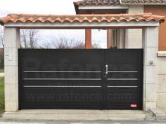 1000 images about portales y cancelas de aluminio on - Coches con puertas correderas ...
