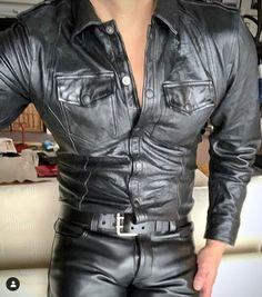 Kerls in Leder Leather Jeans Men, Tight Leather Pants, Biker Leather, Denim Jacket Men, Leather Trousers, Black Leather, Leather Jacket, Motard Sexy, Leather Fashion