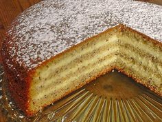 Nuss – Vanille – Torte Nut – vanilla cake, a nice recipe from the category pies. Easy Easter Desserts, Quick Easy Desserts, Healthy Dessert Recipes, Easter Recipes, Donuts Keto, Low Carb Doughnuts, Torte Au Chocolat, Desserts Sains, Blueberry Recipes