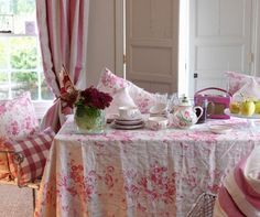 Gorgeous Cabbages & Roses Constance fabric used as table cloth ~ I just love this